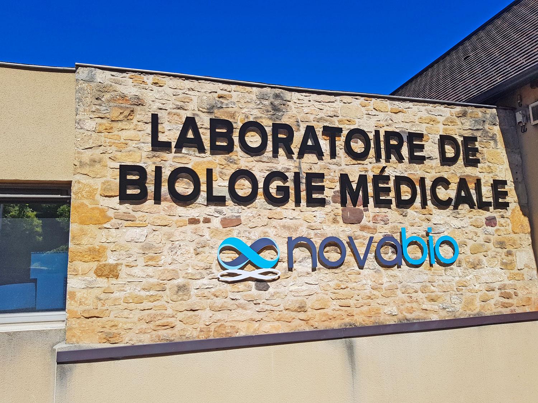 Enseigne Laboratoire Novabio